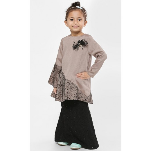 Je Veux Kurung Set in Black